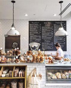 """1,697 """"Μου αρέσει!"""", 16 σχόλια - Tzurit Or (@tattebakery) στο Instagram: """"It's a beautiful Friday! and we love it!☕️Join us for brunch all day! #tattebakery #friday…"""" Bakery Decor, Pub Decor, Bakery Design, Bakery Cafe, Cafe Design, Cafe Restaurant, Restaurant Design, Modern Restaurant, Cafe Bar"""
