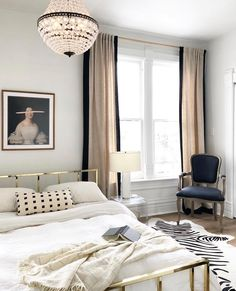 Parisian Bedroom Decor, Home Decor Bedroom, Modern Bedroom, Bedroom Ideas, Master Bedroom, Contemporary Bedroom, Parisian Chic Decor, Paris Bedroom, Bedroom Beach