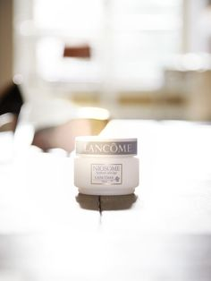 #Lancome #skincare #makeup #product #texture #natural #light #lighting #reflection #CharlesHelleu #Stills #Still-life  #photography #cosmetics #beauty  Click  for more at http://www.eigeragency.com/photographers/charles-helleu