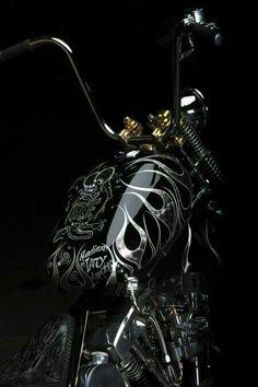 #BlackandSilver #BlackandGold Custom Chopper