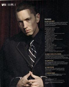 Oh my god never seen Eminem in a suit he looks good (;