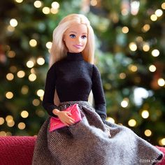 Wishing Happy Holidays to each and every one of you!❤️ #barbie #barbiestyle