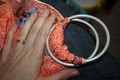 How to Make a No-Sew Ring Sling | The Mommy Dialogues making this this weekend