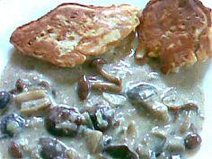 Szója sajtos palacsintabundában, gombaraguval - szoojudit.hu