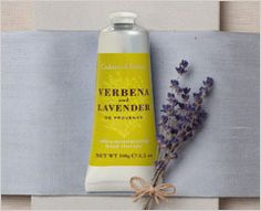 Crabtree & Evelyn Verbena & Lavender de Provence bath and body products.