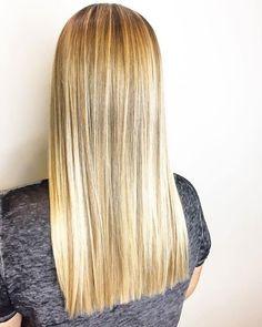 blonde balayage + one length haircut - kiana Women Haircuts Long, Haircuts Straight Hair, Shoulder Haircut, Shoulder Length Hair, Shoulder Cut, Blonde Hair With Highlights, Blonde Balayage, Medium Hair Cuts, Long Hair Cuts
