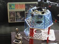 Moon Station from the I had a blast with this toy and the movable (gumby like) space men. 1960s Toys, Retro Toys, Vintage Toys, Childhood Toys, Childhood Memories, Baby Boomer Era, Cool Robots, Space Toys, Vintage Space