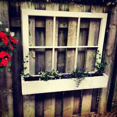 My own DIY window frame. So happy with the way it turned out 😊 #windowframes #diy #oldwindowframe