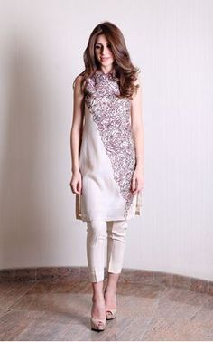 Picture of Cotton net with bordeaux embroidered dress