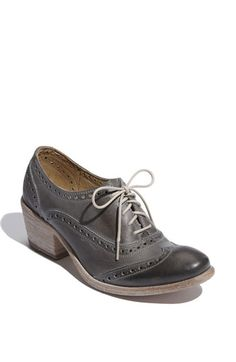 Frye 'Maggie' Perforated Wingtip Oxford