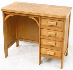 VG586 - 60s desk