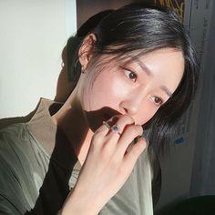 Korean Ulzzang, Ulzzang Girl, Korean Aesthetic, Make A Wish, Girls Out, Asian Beauty, Idol, Actors, Photo And Video