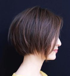 Layered Bob Styles: Modern Haircuts with Layers for Any Occasion Chocolate Brown Layered BobChocolate Brown Layered Bob Inverted Bob Haircuts, Best Bob Haircuts, Layered Bob Hairstyles, Modern Haircuts, Girl Haircuts, Hairstyles Haircuts, Oval Face Hairstyles Short, 2018 Haircuts, Brown Bob Haircut