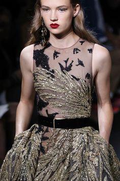 Elie Saab : Runway - Paris Fashion Week - Haute Couture Fall/Winter 2016-2017 - Pictures - Zimbio