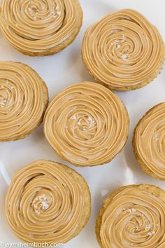 Salted Caramel Cupcakes - can't wait to try these! | Organize and save your favourite recipes OFFLINE on your iPhone or iPad with @RecipeTin! Find out more here: www.recipetinapp.com #recipes #vegan #cupcake