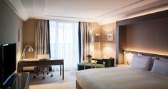 Hilton Vienna Plaza hotel - King Hilton Executive Room