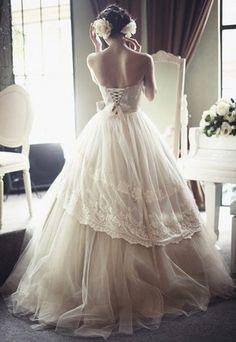 lace romantic wedding dress...love