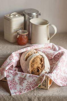 Pan de centeno con pasas y nueces Pan Bread, Bakery, Blog, Cooking, Breakfast, Ideas Para, Breads, Drinks, Salt Rising Bread