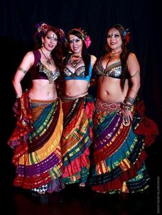 WildCard BellyDance - A Professional Tribal Style Belly Dance Troupe from Santa Rosa in Sonoma County, Northern California Belly Dancing For Beginners, Belly Dancing Classes, Tribal Outfit, Tribal Costume, Belly Dance Outfit, Belly Dance Costumes, Tribal Fusion, Dance Outfits, Dance Dresses