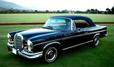 1966 Mercedes 300SE, does it get any better than that?