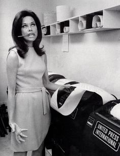 Mary Tyler Moore -a modern day liberated working girl