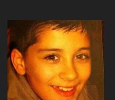 This little boy is starting a stadium tour tonight :'')