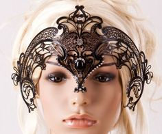 I think this vanity mask is so pretty!