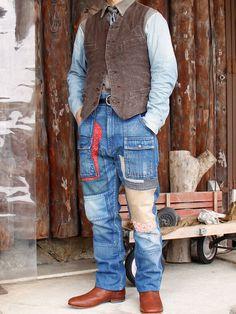 長年愛用したパンツの経年変化をイメージ... Japan Fashion, Daily Fashion, Mens Fashion, Patchwork Jeans, Work Jackets, Destroyed Jeans, Sharp Dressed Man, Vintage Denim, Jeans Style