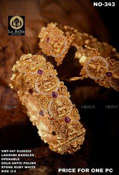 Gold Set Design, Gold Bangles Design, Gold Designs, Antique Jewellery Designs, Antique Jewelry, Gold Temple Jewellery, Gold Plated Bangles, Fashion Jewellery, Gold Fashion