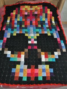 Rainbow skull pixel crochet blanket (690 squares/ 6 cm) - Granny mania !