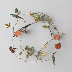 Fall Door Decorations, Flower Decorations, Fall Decor, Deco Floral, Arte Floral, Leaf Garland, Floral Garland, Wire Crafts, Nature Decor