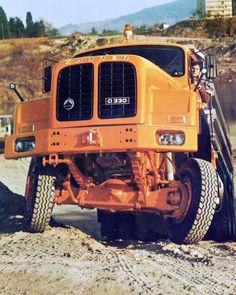 Heavy Duty Trucks, Mining Equipment, Diesel Trucks, Car Manufacturers, Old Trucks, Motorhome, Cars And Motorcycles, Transportation, Classic Cars