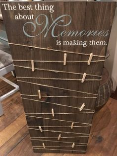 Making Memories Wooden Sign / Picture Board with clips / Pho.- Making Memories Wooden Sign / Picture Board with clips / Photo Board with clips / Wood Picture Frame /Wood Photo Sign /Picture Display Board - Diy Home Decor For Apartments, Apartment Ideas, Photo Boards, Wood Picture Frames, Pallet Picture Display, Photo Display Board, Handmade Picture Frames, Display Boards, Picture On Wood Diy