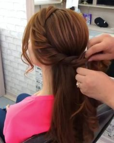 Wooww 1 or 2 ? Special Occasion Hairstyles, Formal Hairstyles, Diy Hairstyles, Hairdos, Hair Videos, Makeup Videos, Love Hair, Hair Art, Insta Makeup