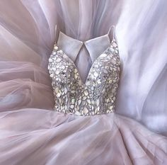 Crystal Beaded V Neck Organza Layered Wedding Dresses Ball Gowns 2018 Bridal Gowns Grad Dresses, Ball Dresses, Homecoming Dresses, Ball Gowns, Formal Dresses, Dress Prom, Layered Wedding Dresses, Wedding Gowns, Bouquet Wedding