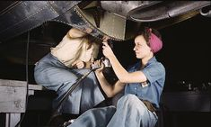 Young women in blue-collar communities are less likely to have jobs eight years after high school than their peers in other areas, an American Sociological Review study finds.