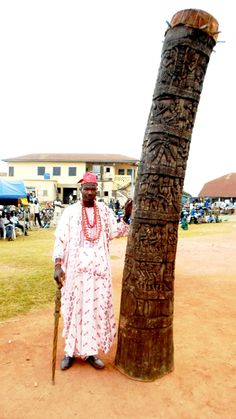 World's tallest drum unveiled at Nigerian Drums Festival in Ogun . Nigerian Culture, African Culture, Yoruba People, African Drum, Black History Books, Miles Davis, African Diaspora, Instruments, World Music