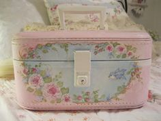 Hand Painted Train Case - just listed on ebay!! check it out!!! - http://www.ebay.com/itm/390871245659?ssPageName=STRK:MESELX:IT&_trksid=p3984.m1555.l2649