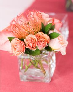 Love the peachy pink mix and that pincushion flower in there.