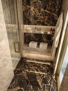 Luxury Bathroom Master Baths Benjamin Moore is agreed important for your home. Whether you choose the Dream Master Bathroom Luxury or Luxury Bathroom Master Baths Wet Rooms, you will make the best Small Bathroom Decorating Ideas for your own life. Bad Inspiration, Bathroom Inspiration, Luxury Homes Interior, Luxury Home Decor, Interior Architecture, Luxury Apartments, Steam Showers Bathroom, Small Bathroom, Bathroom Ideas