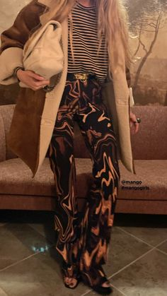 Sheepskin Coat, Pants, Tops, Fashion, Trouser Pants, Moda, Shearling Coat, Fashion Styles, Women's Pants
