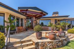 View 47 photos of this $5,200,000, 4 bed, 5.0 bath, 4372 sqft single family home located at 114 Inez Pl, Mill Valley, CA 94941 built in 2007. MLS # 21726489.