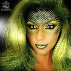 Makeup ideas Halloween – Great Make Up Ideas Halloween Looks, Halloween Face Makeup, Medusa Costume Makeup, Halloween Halloween, Mermaid Halloween Makeup, Medusa Halloween Costume, Beautiful Halloween Makeup, Medusa Make-up, Medusa Hair