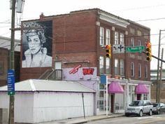 Princess Di mural in RVA by Ed Trask