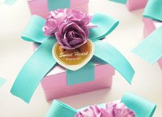 1000+ images about Wedding favors on Pinterest   Favor boxes ...