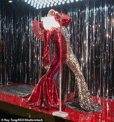 Selfridges becomes first to unveil rock-themed Christmas display Magical Christmas, Christmas Themes, Santa Dress, Sequin Outfit, Christmas Window Display, Rock Outfits, Window Displays, Window Shopping, Design Projects