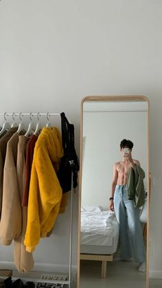 Daddy Aesthetic, Aesthetic Grunge, Retro Outfits, Cute Outfits, Abs Boys, Photography Poses For Men, Instagram Pose, Korean Fashion Trends, Boy Pictures