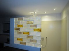 Wand und Fassade #Glasbausteine Pietre die Vetro #Farbe Cloud Blu ... | {Glasbausteine badgestaltung 63}