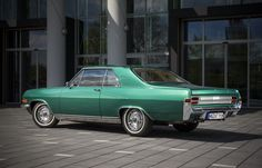 Opel Boss Enters Classic Event With His Own Diplomat A Coupé Vintage Cars, Antique Cars, Automobile, Classic Mercedes, Hot Cars, Buick, Concept Cars, Super Cars, Classic Cars