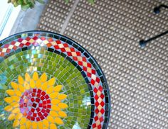 Sunflower Mosaic Accent Table from Pier 1 Imports $49.99 // livingmividaloca.com #Pier1Outdoors #ad
